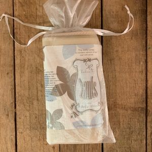 Accessories - Postnatal belly wrap NWT